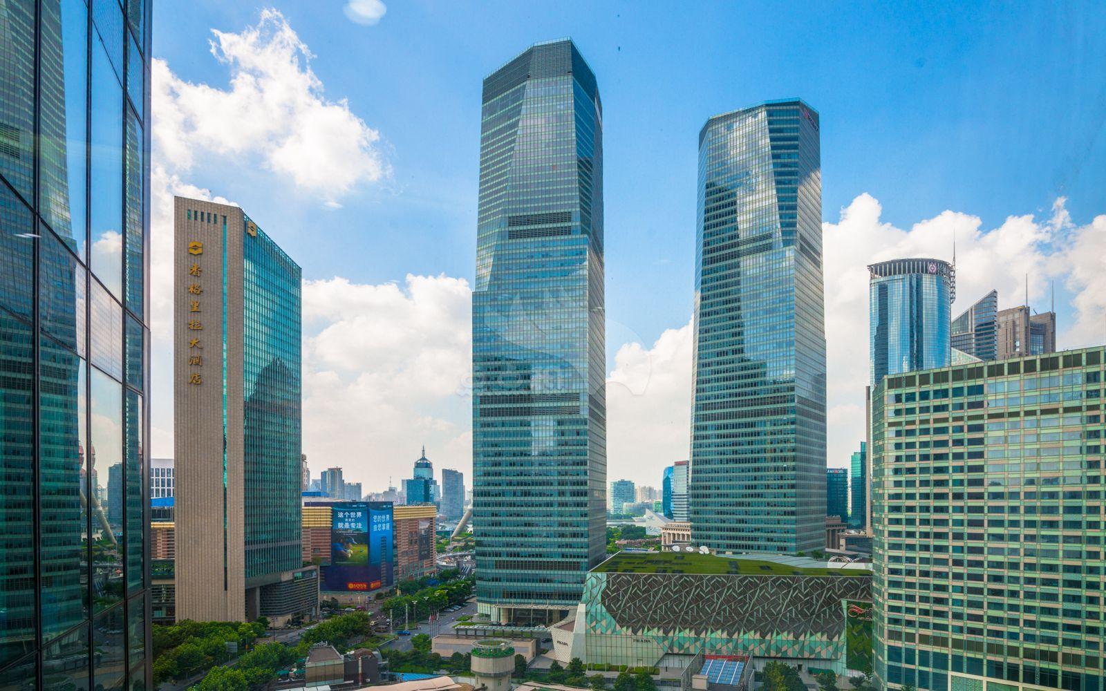 德事商务中心(上海国金中心2期)