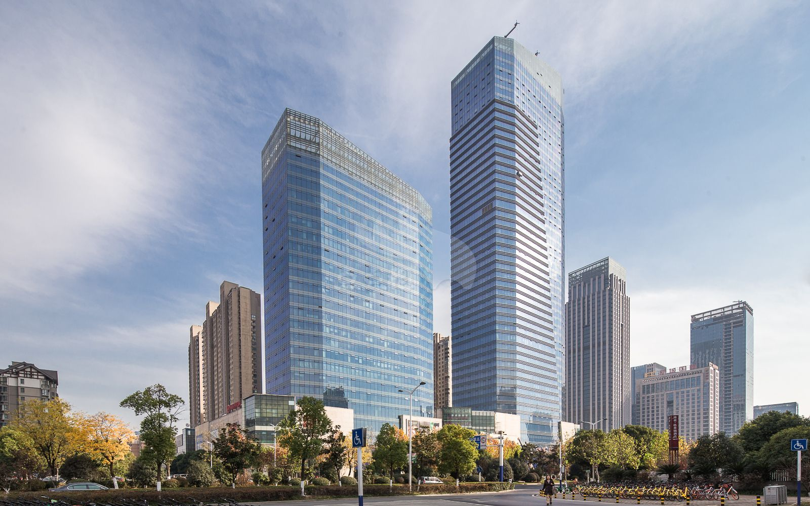 绿地·蓝海国际大厦